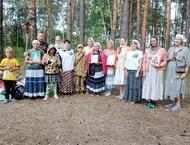 Активистки Совета Женщин Сосновского района обеспечили питанием группу паломников
