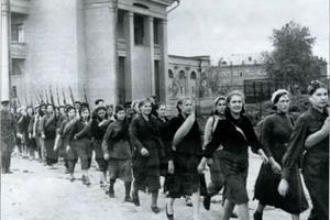 К 75-летию Победы Областной совет женщин намерен  реализовать проект «Женское лицо войны»
